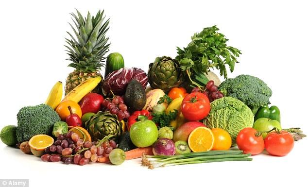 : Niveli i vdekshmërisë është më i ulët tek gratë që konsumojnë çdo ditë mollë, por sipas Dr. Hodgson, kjo mund të arrihet edhe duke konsumuar fruta të tjera.