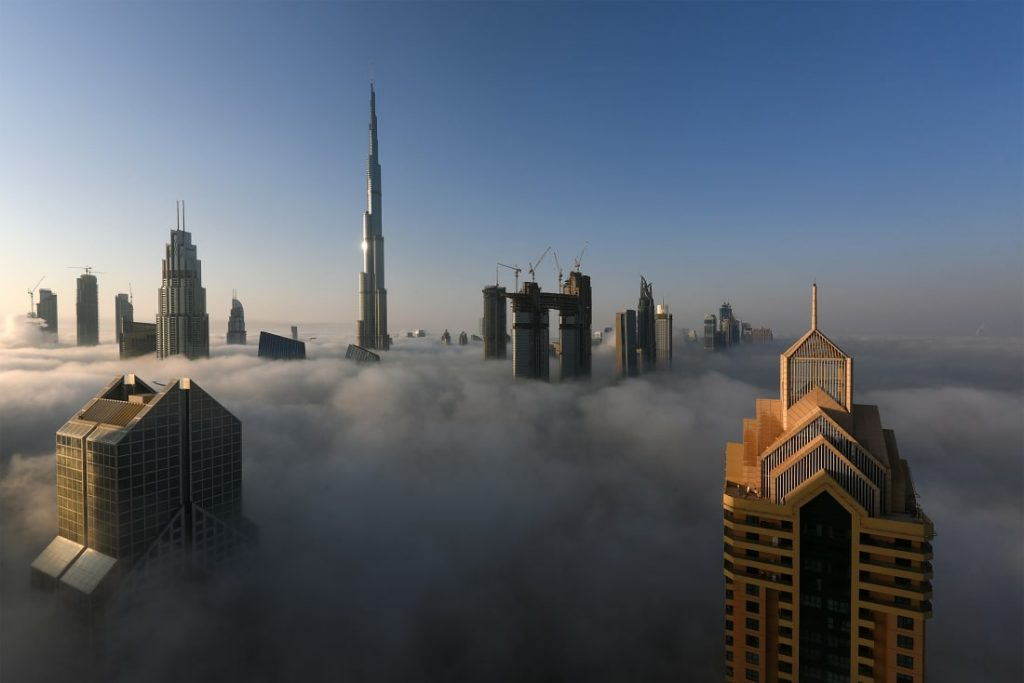Burj-Khalifa-Dubai-Emiratet-e-Bashkuara-Arabe-828-metra-163-kate-1024x683.jpg