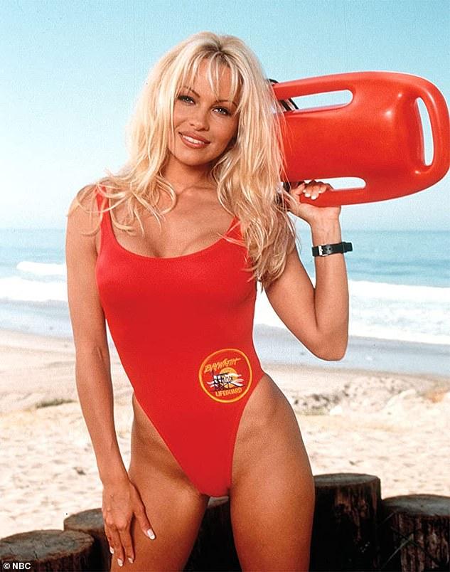 Martesa e fundit i zgjati vetëm 12 ditë, por Pamela Anderson dëshiron edhe një tjetër: O Zot… (FOTO)