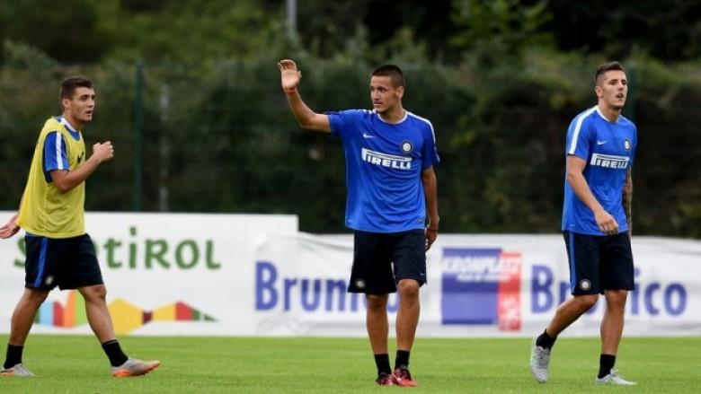 """""""Më fal president, jam krenar për ty""""/ Sulmuesi Rey Manaj, mesazh prekës pas vdekjes së ish-trajnerit të Interit"""