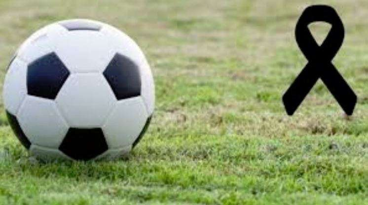 Futbolli në zi/ Koronavirusi vret lojtarin 25-vjeçar, viktima e tretë në familjen e tij