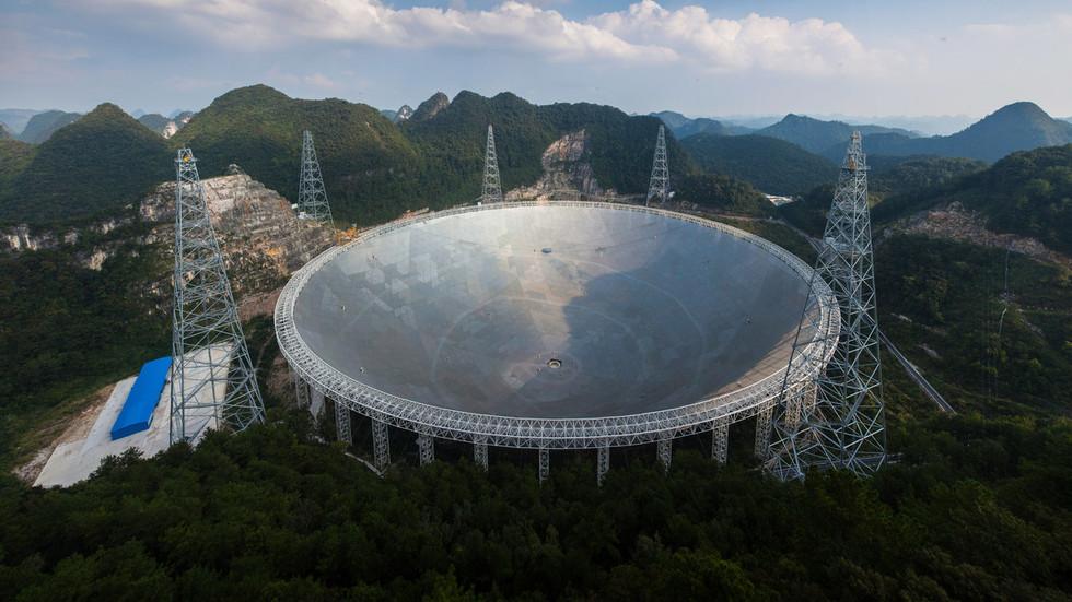 Sinjali misterioz nga hapësira që përsëritet prej dy vjetësh çdo 16 ditë befason shkencëtarët