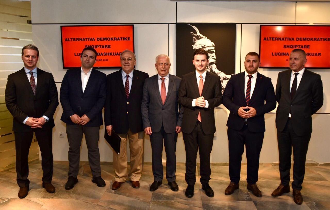 """Shqiptarët e Preshevës dhe """"serbët"""" e Libofshës: Analogjia e efikasitetit të një diplomacie"""