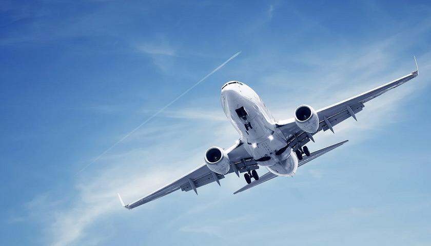 Rinisja e fluturimeve, ja kur pritet të hapen aeroportet në të gjithë botën (Datat)