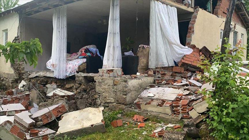 Turqia nuk gjen qetësi, një tjetër tërmet i fuqishëm godet vendin