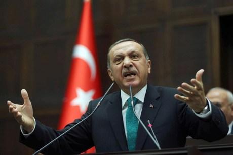 I ofenduan vajzën  Erdogan me tone të ashpra ndaj mediave sociale  Të zhdukim imoralitetin